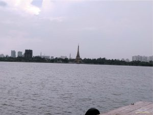 Lake at the centre of the park