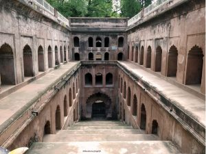 Getting inside the Shahi Baoli